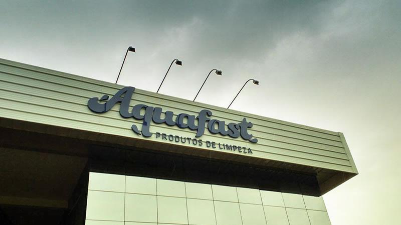 Fachada Aquafast